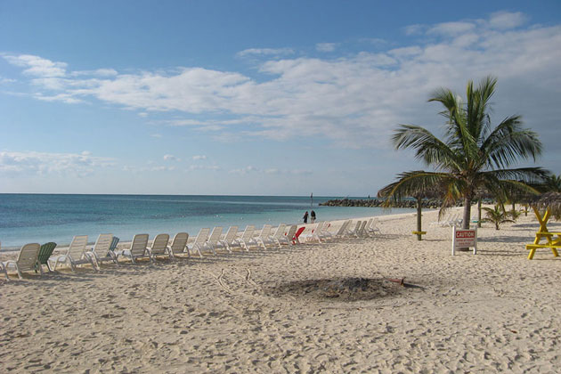 Taino Beach - Freeport